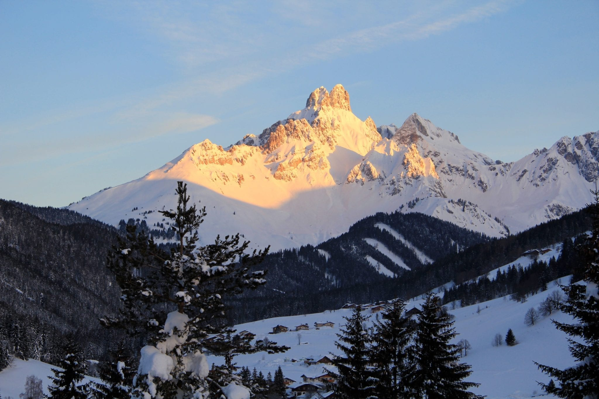 Blick auf die Bischofsmütze, herrlicher Winterurlaub in Filzmoos, Salzburger Land