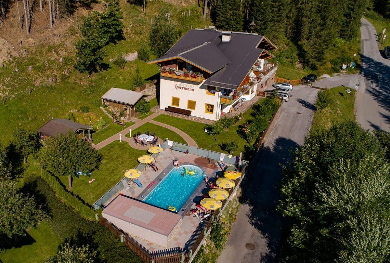 Gästehaus Herrmann - Zimmer & Ferienwohnungen in Filzmoos