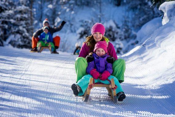 Rodeln im Winterurlaub in Filzmoos, Ski amadé