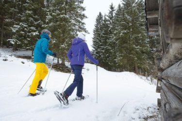 Schneeschuhwandern im Winterurlaub im Salzburger Land
